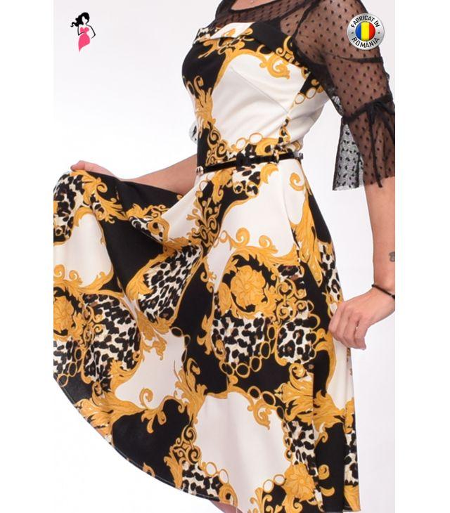 Rochie eleganta cu croi in clos
