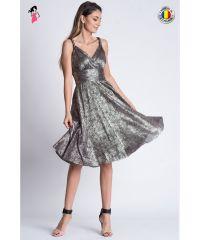 Rochie de seara din material vaporos cu decolteu petrecu