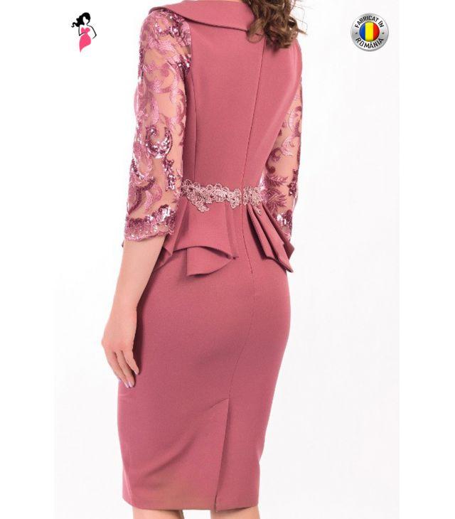 Rochie eleganta cu dantela si peplum